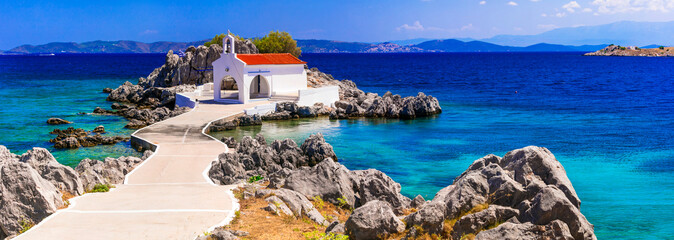 Authentic traditional Greek islands- unspoiled Chios, little church Agios Isidoros Fototapete
