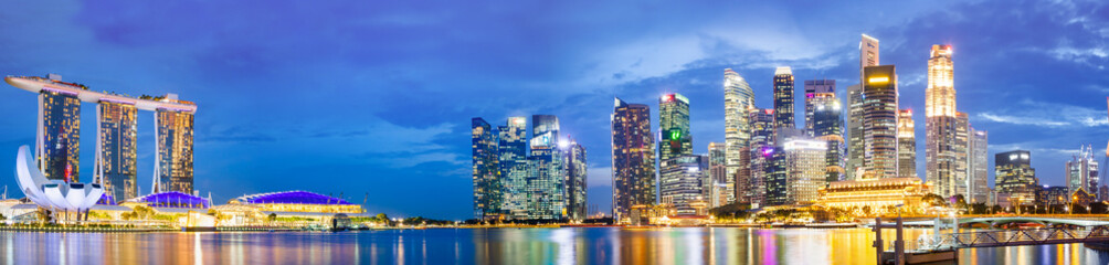 SINGAPORE, SINGAPORE - MARCH 2019: Vibrant panorama background of Singapore skyline at the business...