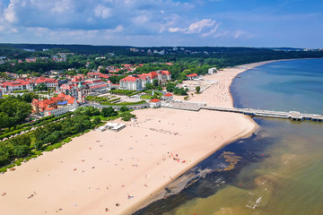 Aerial view for the Baltic sea coastline with wooden pier in Sopot, Poland Fototapete