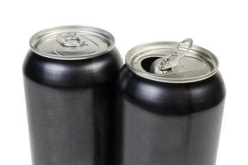 Upper part of two metal beverage cans, open and closed