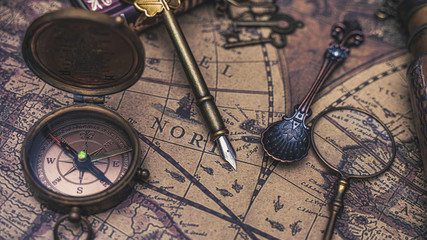 Compass With Pirate Vintage Collection