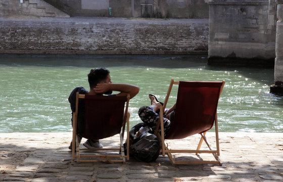 Paris plage en bord de Seine