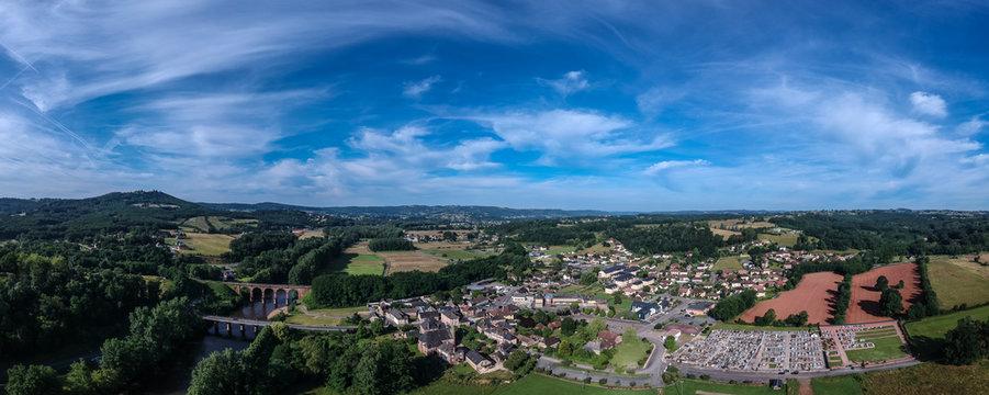 Saint Pantaléon de Larche (Corrèze, France) - Vue aérienne