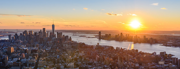 Foto auf Acrylglas New York View from observation deck on Empire State Building at sunset - Lower Manhatten Downtown, New York City, USA