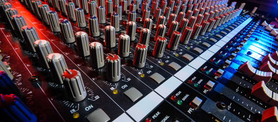 detail sound mixer in red and blue light with great perspective, the version with great detail controls