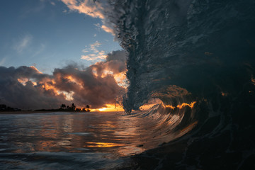 Wall Mural - shorebreak sunset