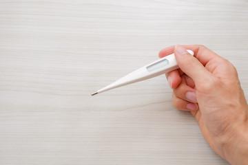 写真素材:体温計 検温 健康 予防 医療 イメージ