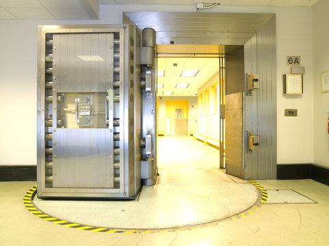 Open vault door the US Federal Reserve Bank of Chicago strong room.