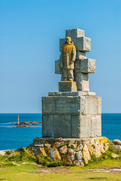 France, Brittany, Ile de Sein, monument dedicated to the people of Sein who participated to the second World War