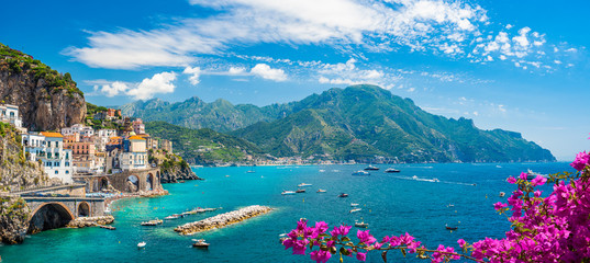 Photo sur Plexiglas Plage Landscape with Atrani town at famous amalfi coast, Italy