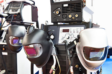 Devices for welding and protective masks