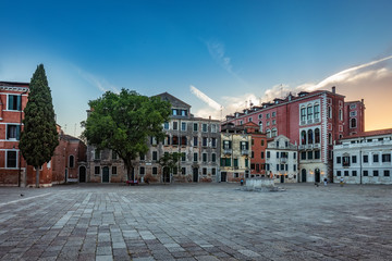 Fototapete - Architecture of Venice, Italy, at sunset. Scenic travel background.