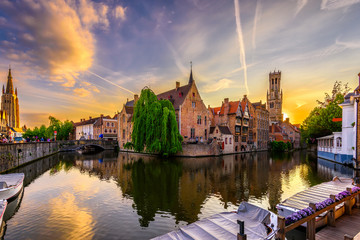 Stores photo Bruges Classic view of the historic city center of Bruges (Brugge), West Flanders province, Belgium. Sunset cityscape of Bruges. Canals of Brugge