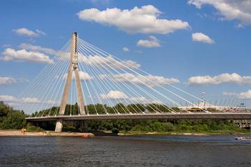 Most Świętokrzyski w Warszawie na tle Stadionu Narodowego