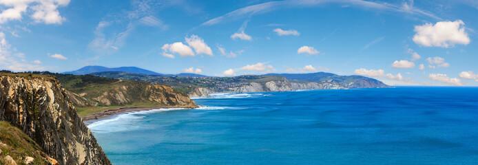 Summer ocean coastline view (Spain). Fototapete