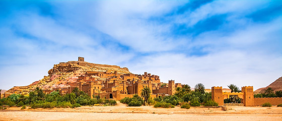 Deurstickers Marokko Amazing view of Kasbah Ait Ben Haddou near Ouarzazate in the Atlas Mountains of Morocco. UNESCO World Heritage Site since 1987. Artistic picture. Beauty world. Panorama