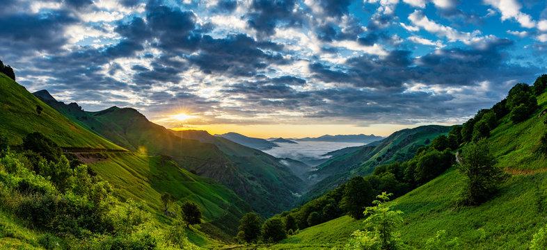 Sonnenaufgang Col d'Ispéguy Montagne-Basque