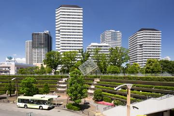 Fototapete - 埼玉県 川口駅西口