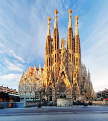Fotobehang Barcelona BARCELONA, SPAIN - FEBRUARY 10: La Sagrada Familia - the impressive cathedral designed by Gaudi, which is being build since 19 March 1882 and is not finished yet February 10, 2016 in Barcelona, Spain.