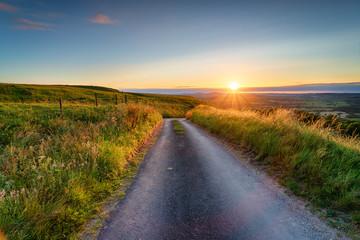 Fototapete - Summer sunset from Eggarton Hill