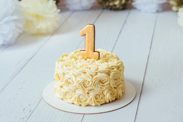 First birthday smash the cake
