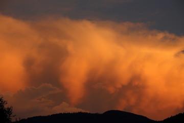 bunte Wolken als Hintergrund