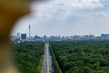 Foto op Canvas Berlijn A wunderful picture with the Brandenburg Gate in the middle