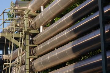 Rohre zur Energieversorgung eines Stadtwerkebetriebes