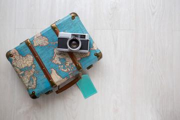 Camara de fotos y maletín vintage