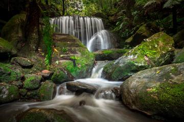 Fotobehang - Spectacular cascading waterfall in Leura
