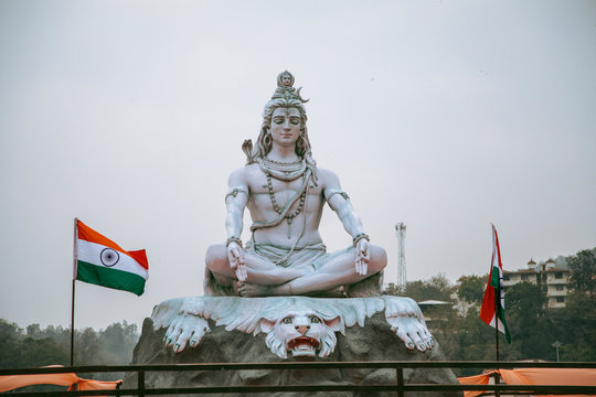 Beautiful Shiva statue in Parmarth Niketan Ashram in Rishikesh, India