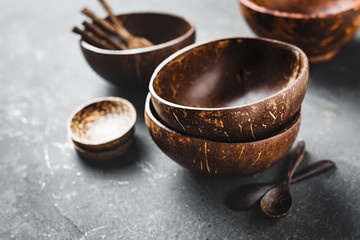 Tableware made of coconut and palm wood