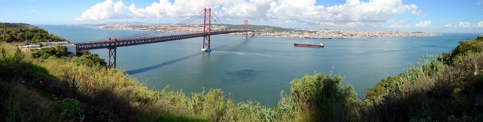 The 25 April bridge (Ponte 25 de Abril) is a steel suspension bridge crossing the Targus river, Lisbon, Portugal