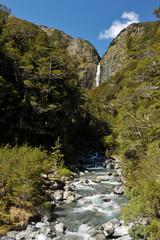 Fototapete - Devil's Punchbowl Falls