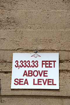 3.333,33 feet above seal level