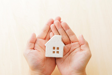 マイホーム House miniature in the hands