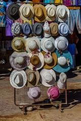 Keuken foto achterwand Marokko Different hats for sale in a street shop