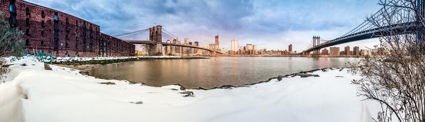 Manhattan Skyline from Pebble Beach in Brooklyn, United States.