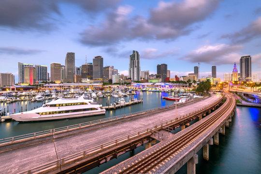 Miami, Florida, USA downtown skyline at dusk.