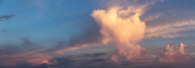 Foto op Plexiglas Hemel Panoramic View of a Dramatic Cloudscape during colorful sunrise.