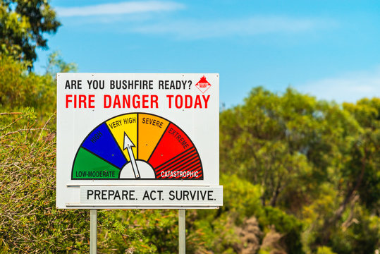 Fire Danger Status and bush fire ready sign