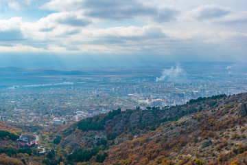 Fototapete - Aerial view of Sliven from Karandila peak, Bulgaria