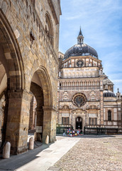 Fototapete - Basilica of Santa Maria Maggiore in Citta Alta, Bergamo, Italy. Historical architecture of Old town or Upper City in Bergamo in summer. Medieval church with ornate facade is a landmark of Bergamo.