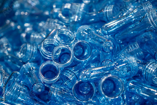 The pile of preform shape for plastic bottle blowing process
