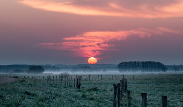 Sonnenaufgang im Teufelsmoor bei Worpswede / Bremen