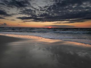 Morze zachód słońca - Dziwnówek Dziwnowo słońce