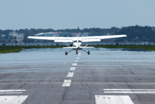 Heat waves are visable as small plane takes off