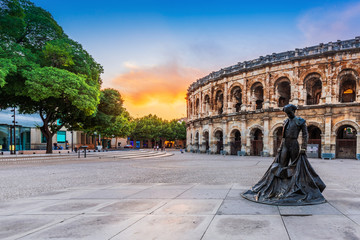 Nimes, France. View of the ancient Roman amphitheatre. Fotomurales