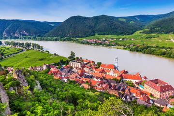 Wachau Valley, Austria. The medieval town of Durnstein along the Danube River. Fototapete