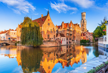 Poster de jardin Bruges Bruges, Belgium. The Rozenhoedkaai canal in Bruges with the Belfry